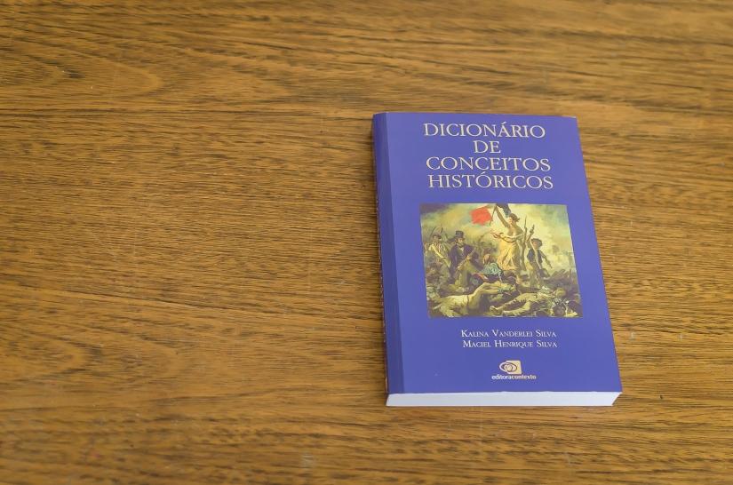 dicionário de conceitos históricos-1