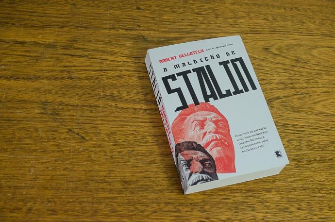 livro a maldição de stalin-2